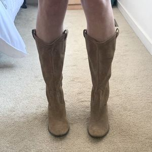 GUESS (NWOT) Suede Cowboy Boots